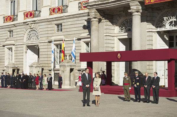 Spanish Royals Receive Israel President at The Royal Palace [president,royals,felipe vi,letizia,reuven rivlin,nechama rivlin,red,tourism,building,architecture,uniform,event,street,city,vacation,tourist attraction,israel,the royal palace,spanish,spain]