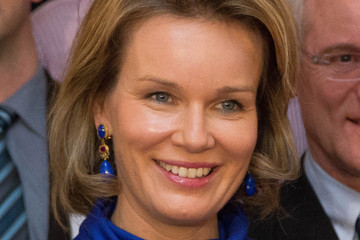 Queen Mathilde of Belgium Queen Mathilde Visits La Fondation Contre Le Cancer