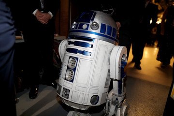 R2-d2 Backstage at the 2016 Academy Awards