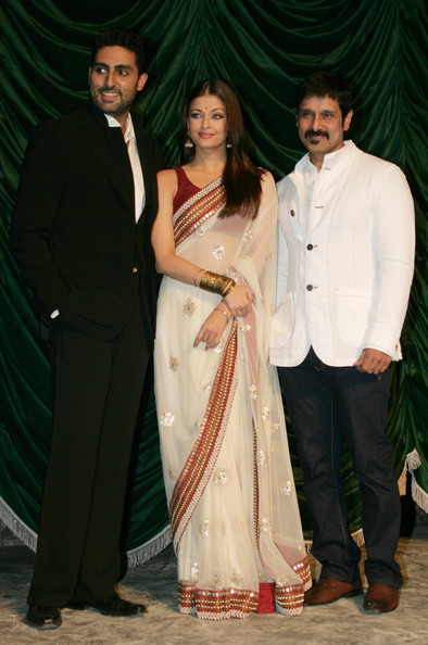 Aishwarya Rai Bachchan - Page 5 Raavan+Bollywood+Movie+Launch+lpnpz6xWrVWl