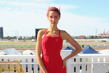 Rachael Finch Celebs Attend Melbourne Cup Day