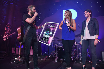 Rachel Whitney Pandora Up Close With Dierks Bentley, Sponsored By Southwest