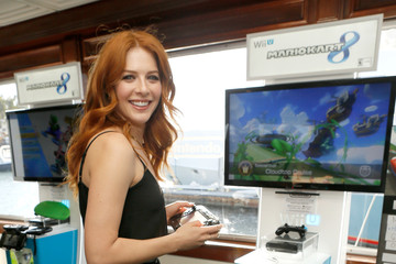Rachelle Lefevre Nintendo Lounge at Comic-Con