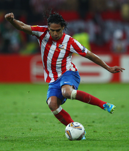http://www4.pictures.zimbio.com/gi/Radamel+Falcao+Atletico+Madrid+v+Athletic+zerEjRWPU2hl.jpg