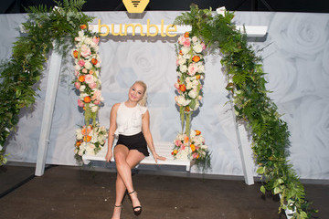 RaeLynn Bumble and Lady Antebellum Create You Look Good Beetique