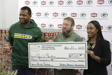 Randall Cobb Campbells Chunky Donates Soup To With Packers Randall Cobb