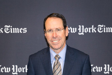 Randall Stephenson The New York Times 2017 DealBook Conference