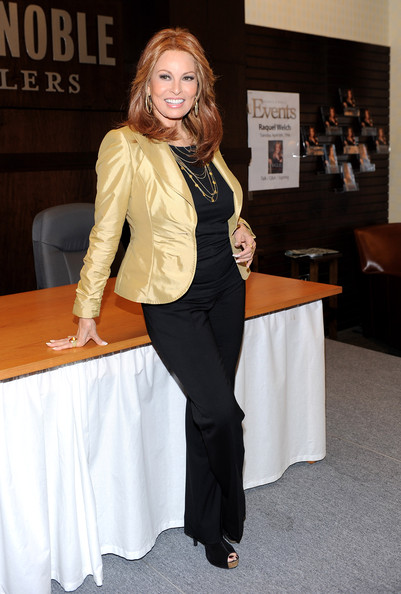 """Raquel Welch Book Signing For """"Raquel: Beyond The Cleavage"""""""