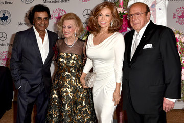 Raquel Welch 2014 Carousel of Hope Ball Presented by Mercedes-Benz - VIP Reception