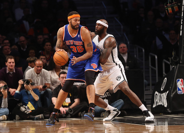 Rasheed Wallace 36 Of The New York Knicks Dribbles