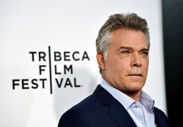 ray liotta height