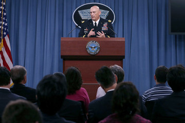 Ray Odierno Army Chief of Staff Gen. Ray Odierno Holds Briefing at the Pentagon
