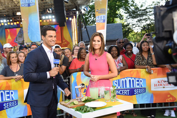 "Rebecca Jarvis ABC's ""Good Morning America"" - 2017"