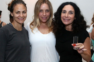 Rebecca Wright Glamour Magazine Hosts a Yoga Class in NYC