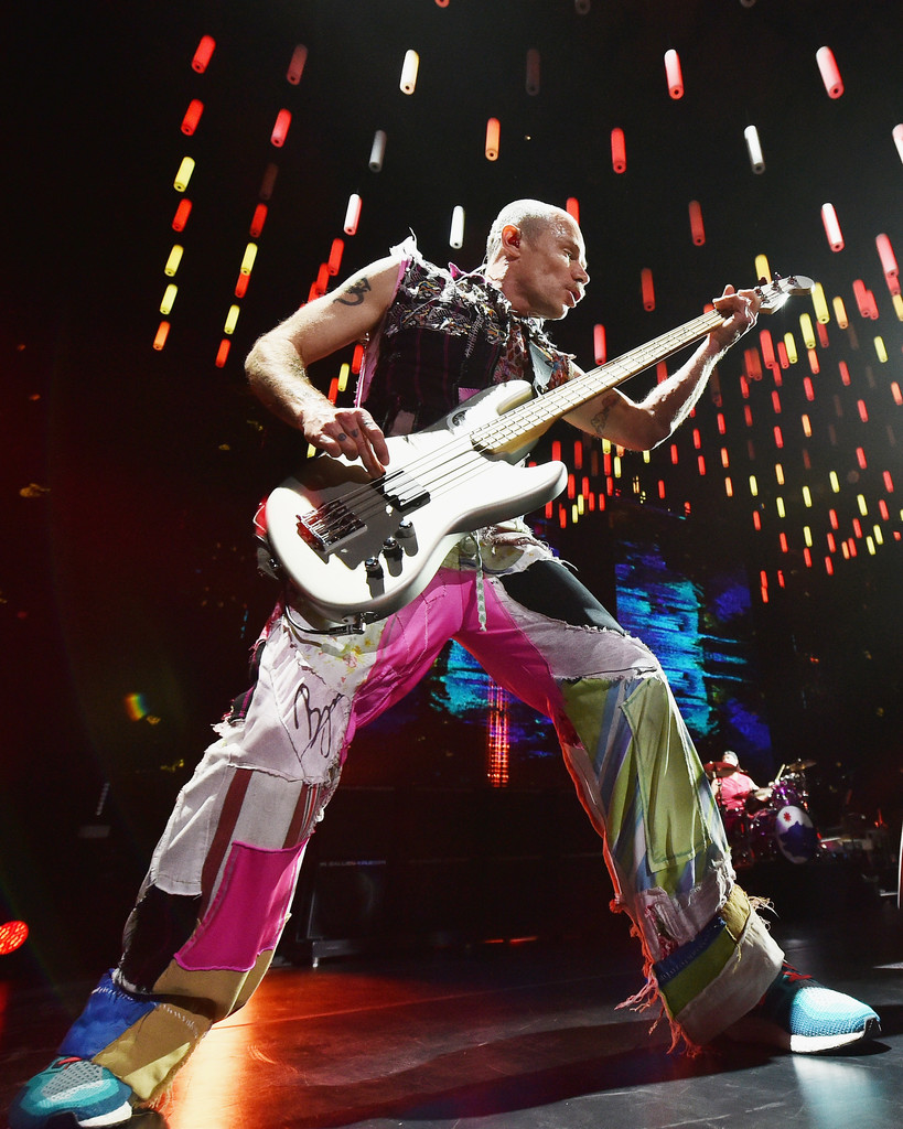 flea in red hot chili peppers in concert new york city zimbio. Black Bedroom Furniture Sets. Home Design Ideas
