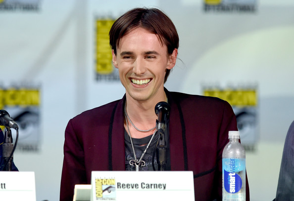 reeve carney photos photos showtimes quotpenny dreadful