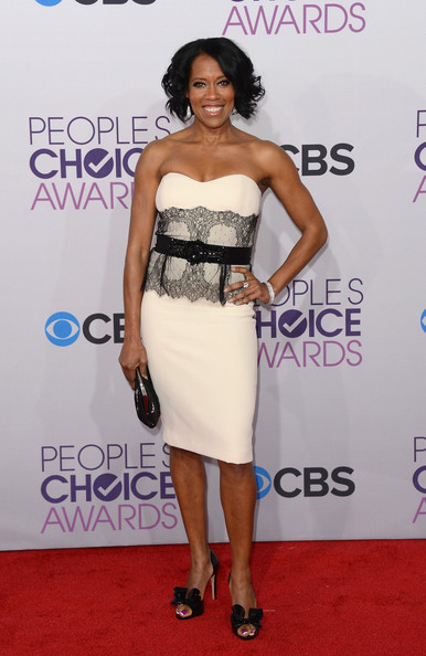 Regina King - 39th Annual People's Choice Awards - Arrivals