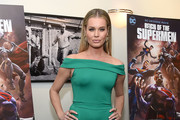 """Rebecca Romijn attends the """"Reign Of The Supermen"""" New York Premiere at The Directors Guild of America Theater on January 28, 2019 in New York City."""