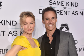 Renee Zellweger Premiere Of 'Same Kind Of Different As Me' - Red Carpet