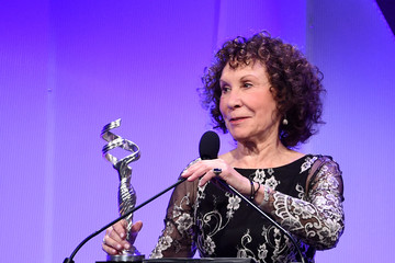 Rhea Perlman 19th CDGA (Costume Designers Guild Awards) - Show And Audience