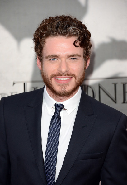 Richard Madden Actor Richard Madden arrives at the premiere of HBO s    Richard Madden
