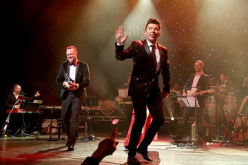 Rick Astley The Magic of Christmas - Show
