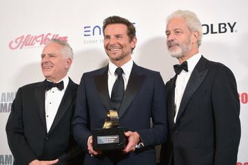 Rick Nicita 32nd American Cinematheque Award Presentation Honoring Bradley Cooper - Photo Op