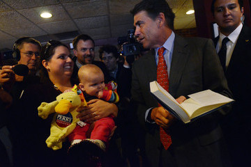 Katie Newman Rick Perry Files For Presidential Candidacy In New Hampshire
