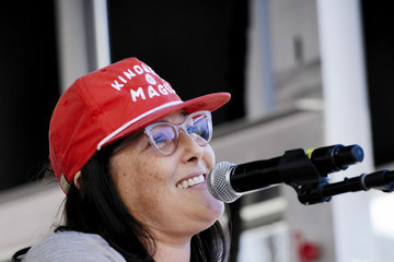 Ricki Lake Women's March California 2019 - Los Angeles