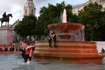 Ricky Wilson F1 Live In London Takes Over Trafalgar Square - Live Show