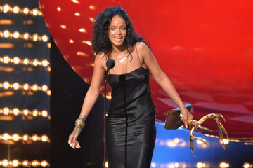 "Rihanna Spike TV's ""Guys Choice 2014"" - Show"