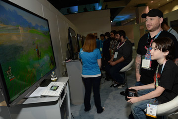 Riley B. Smith Nintendo Hosts Celebrities At 2016 E3 Gaming Convention
