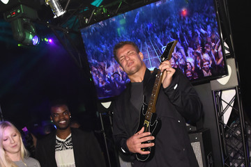 Rob Gronkowski Activision Reveals The All-New Guitar Hero Live Game In New York City