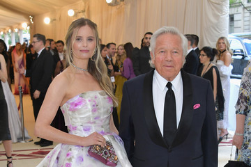 Robert Kraft Heavenly Bodies: Fashion & The Catholic Imagination Costume Institute Gala - Arrivals
