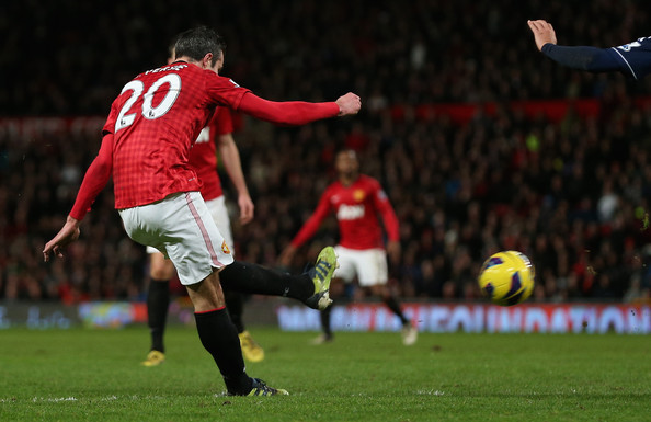 http://www4.pictures.zimbio.com/gi/Robin+Van+Persie+Manchester+United+v+West+nOCrbqcY8E0l.jpg