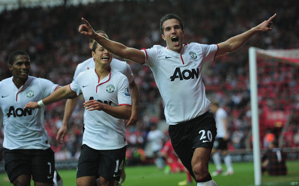 Robin Van Persie Robin Van Persie of Manchester United celebrates the winning goal during the Barclays Premier League match between Southampton and Manchestrer United at St Mary's Stadium on September 2, 2012 in Southampton, England.