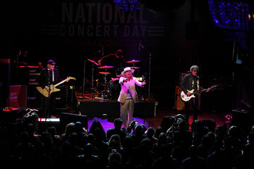 Robin Zander Tom Petersson 2nd Annual National Concert Day Show