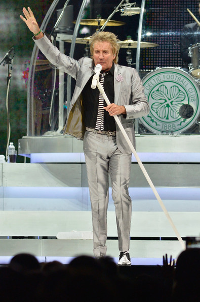 Rod Stewart - Steve Winwood and Rod Stewart Perform in Boston