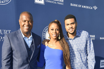Rodney Peete Holly Robinson Peete 5th Anniversary Los Angeles Dodgers Foundation Blue Diamond Gala - Blue Carpet