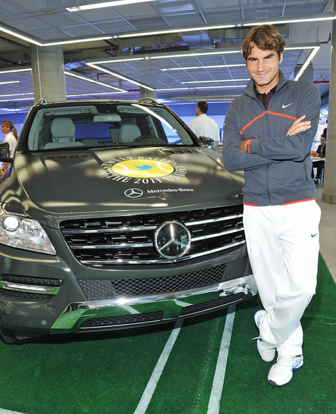 Roger federer gives away 20 pairs of u s open tickets at for Mercedes benz of manhattan new york city
