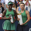 Sloane Stephens Simona Halep Photos