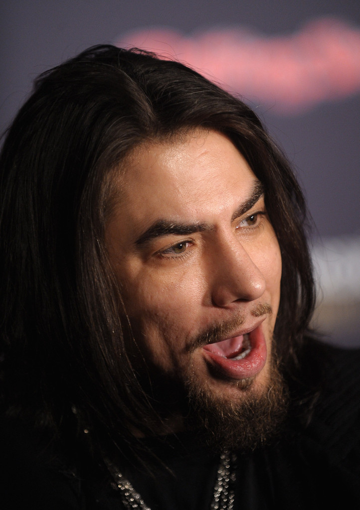 dave navarro photos photos rolling stone hosts the bacardi bash 150 years of rocking the. Black Bedroom Furniture Sets. Home Design Ideas