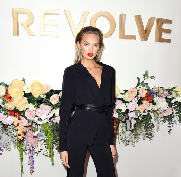 3rd Annual #REVOLVEawards - Arrivals [clothing,shoulder,fashion,suit,pantsuit,beauty,formal wear,dress,neck,carpet,revolveawards - arrivals,revolveawards,hollywood,california,romee strijd,goya studios]