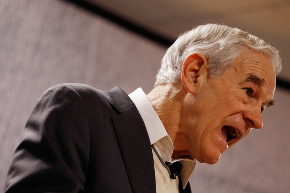 Ron Paul Campaigns In NH One Day Before Primary