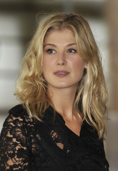 Rosamund Pike Photos P...