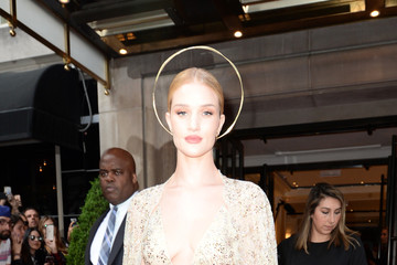 Rosie Huntington-Whiteley The Mark Hotel Celebrates The 2018 Met Gala