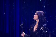 Singer Idina Menzel performs during the Roundabout Theatre Company 2019 Gala at The Ziegfeld Ballroom on February 25, 2019 in New York City.