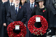 (R-L) Prime Minister Theresa May, John Major, Labour leader Jeremy Corbyn stand in front of Tony Blair and John Major during the annual Remembrance Sunday memorial on November 12, 2017 in London, England.  The Prince of Wales, senior politicians, including the British Prime Minister and representatives from the armed forces pay tribute to those who have suffered or died at war.