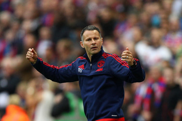 Ryan Giggs Manchester United v Crystal Palace - The Emirates FA Cup Final