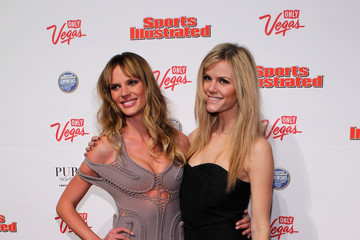 Anne V Brooklyn Decker SI Swimsuit Overtime Hosted By PURE Nightclub